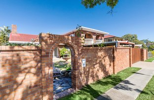 Picture of 39 Meadowlands Road, Carindale QLD 4152