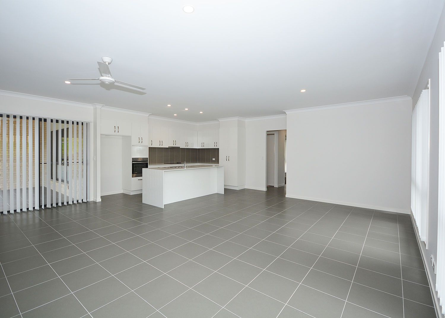 3 Bill Stocks Court, Dundowran Beach QLD 4655, Image 2