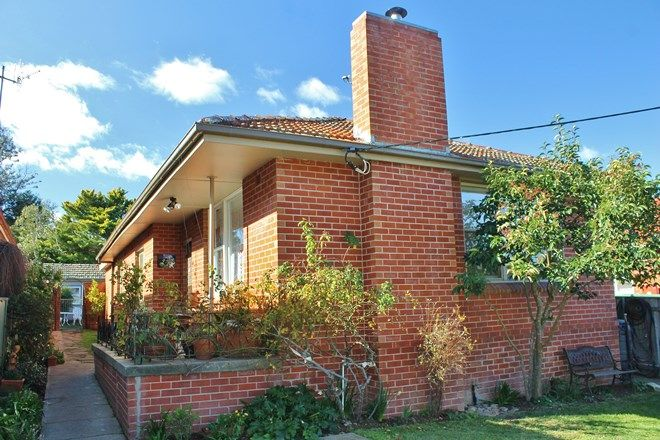 Picture of 275 Piper Street, BATHURST NSW 2795