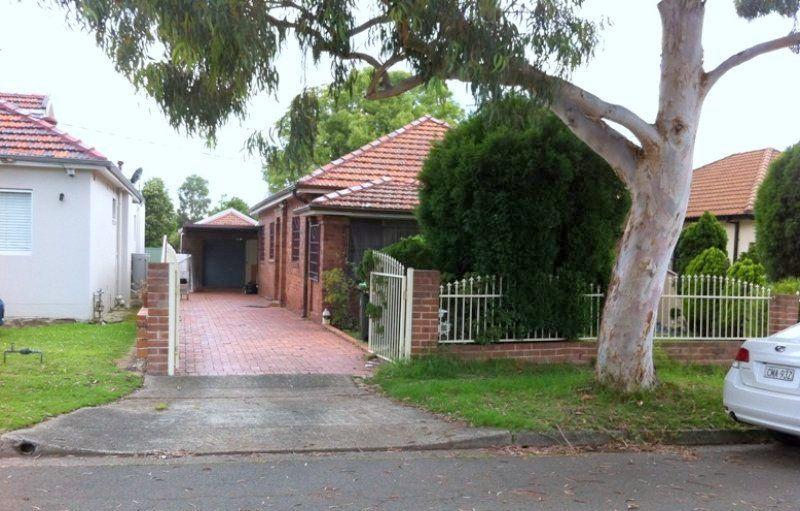 16 Karingal Street, Kingsgrove NSW 2208, Image 0