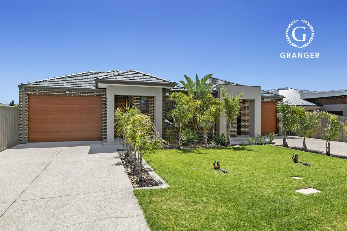 43 Seaview Avenue, Safety Beach VIC 3936, Image 0