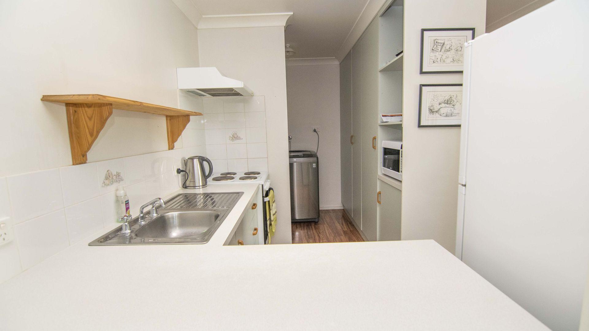3/2 Swan Street, Dalby QLD 4405, Image 2