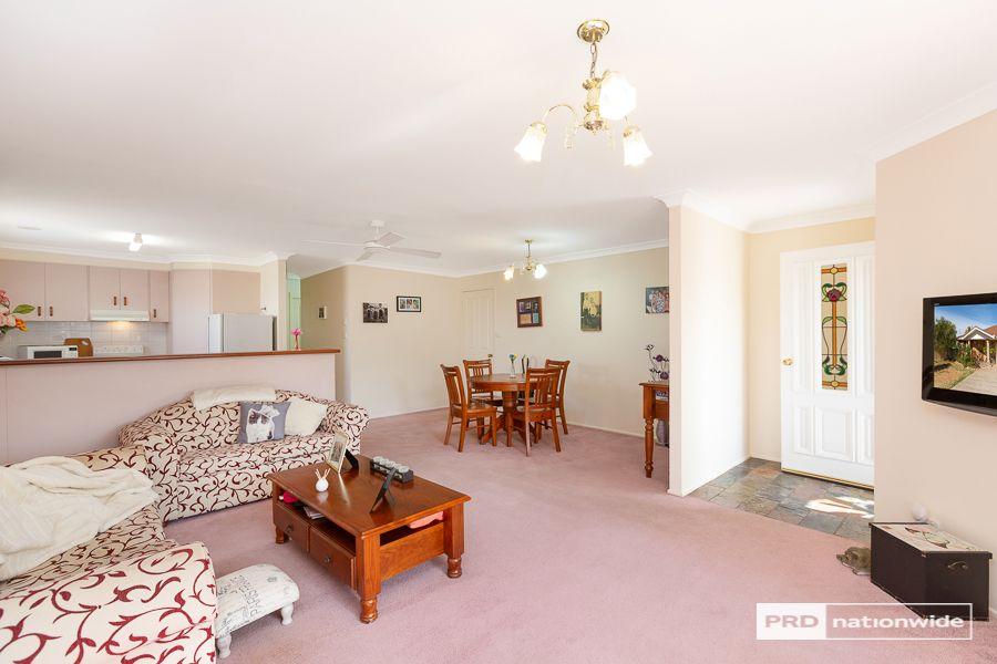 4/14 Cowper Close, Tamworth NSW 2340, Image 1