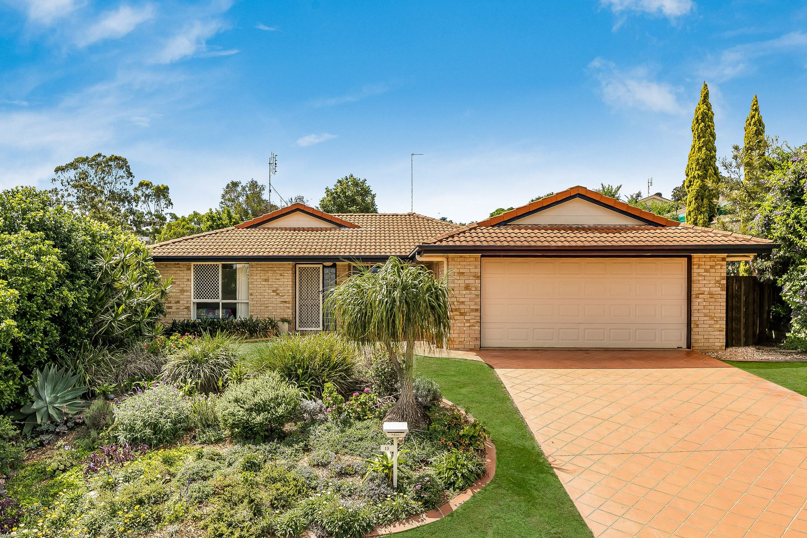 13 Mirage Court, Wilsonton QLD 4350, Image 0
