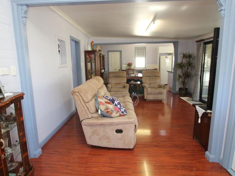 93 Molesworth Street Tenterfield Nsw 2372 House For