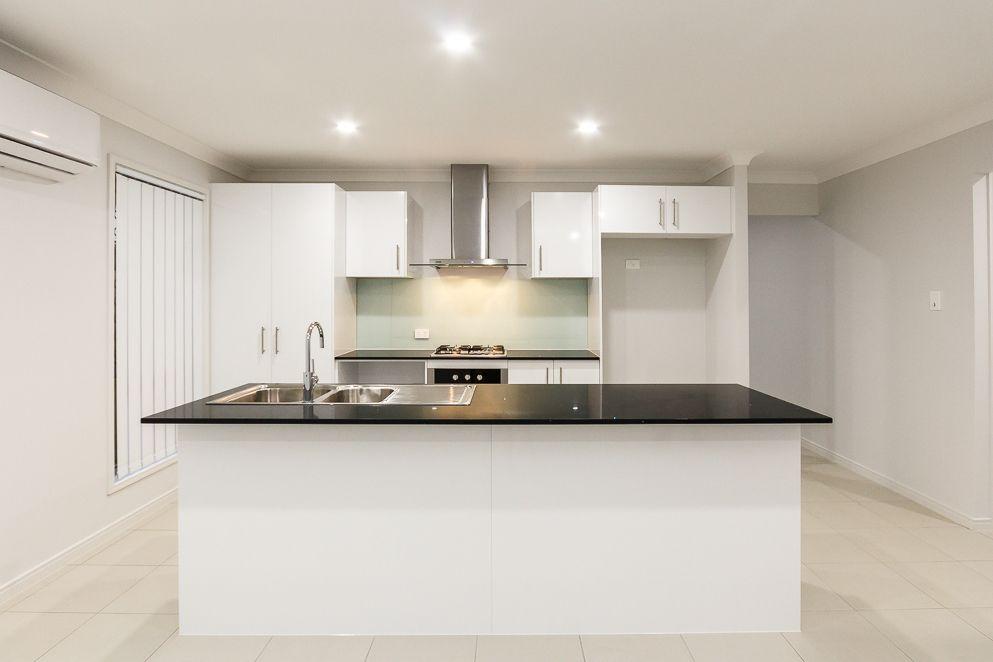 Lot 37 Golden Heights Hillcrest, Hillcrest QLD 4118, Image 2