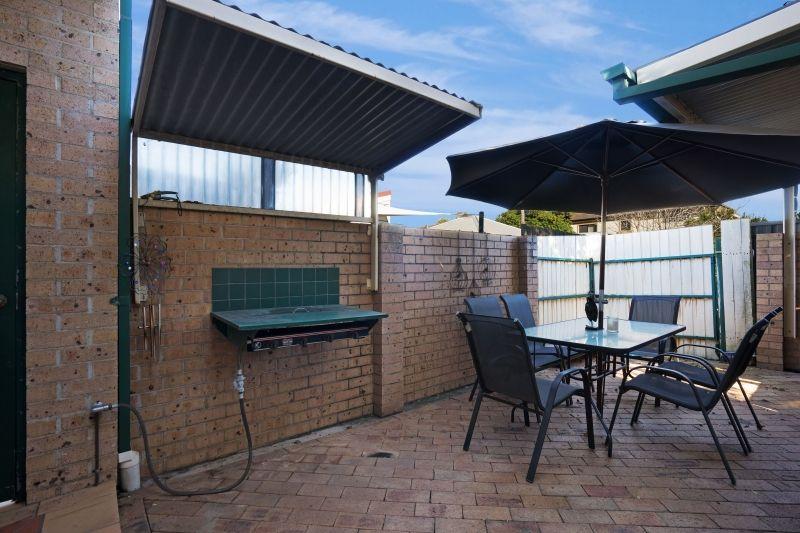 8 Cameron Street, Hamilton NSW 2303, Image 5