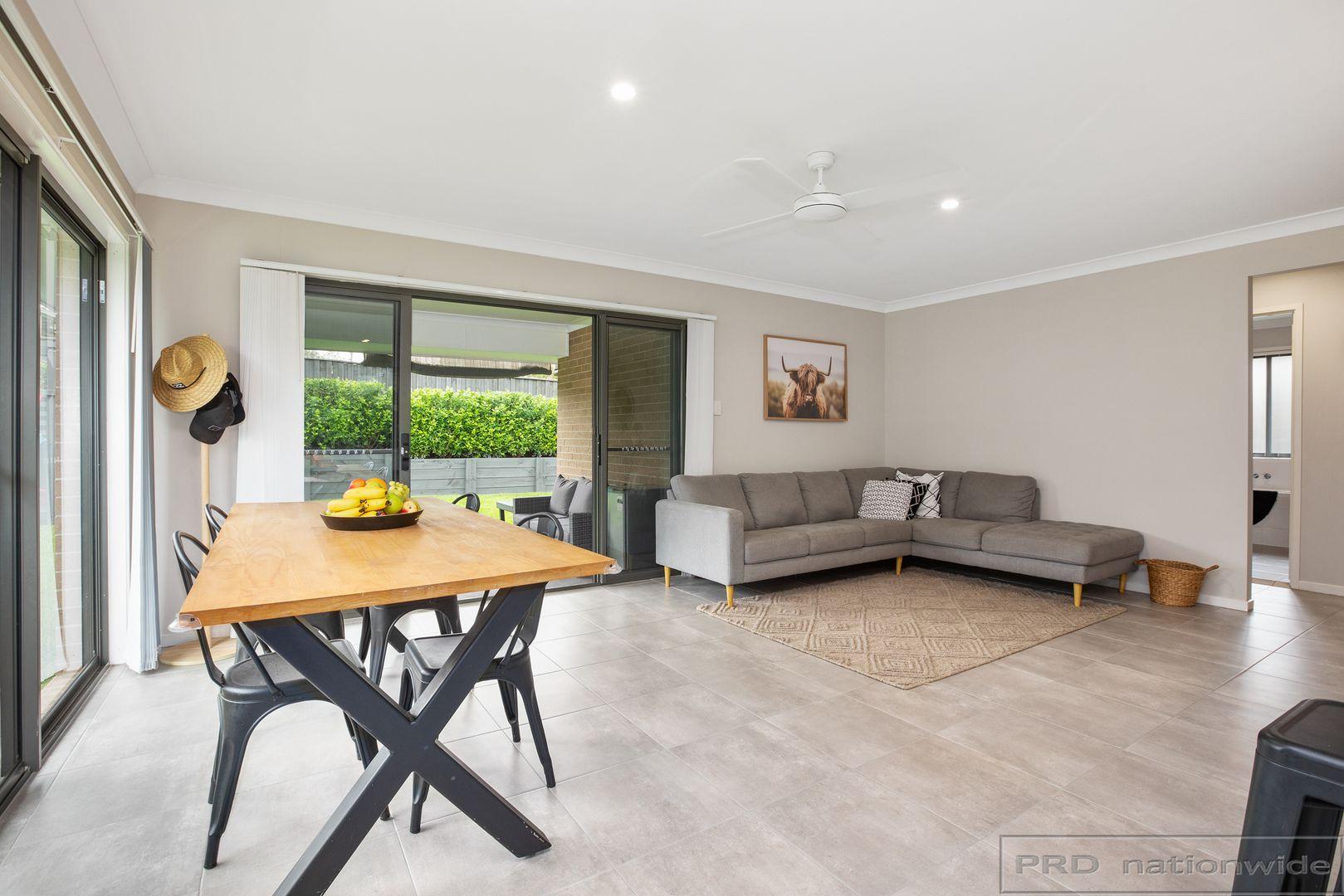 31 Finch Crescent, Aberglasslyn NSW 2320, Image 2