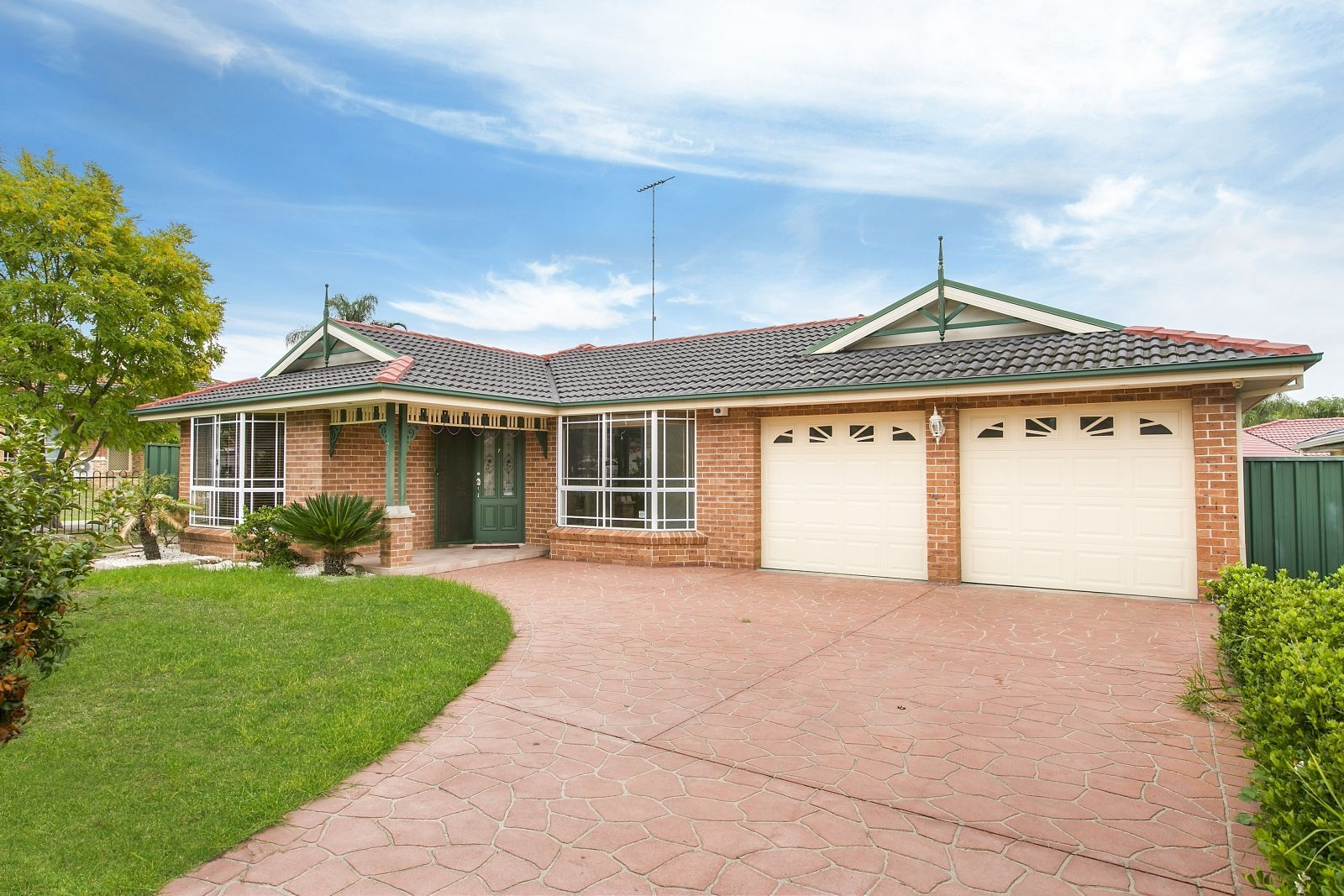 7 Meredith Crescent, St Helens Park NSW 2560, Image 0