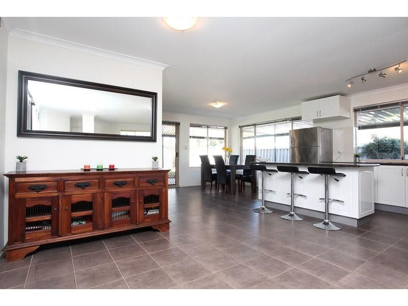 32 Willoughby Retreat, Clarkson WA 6030, Image 0