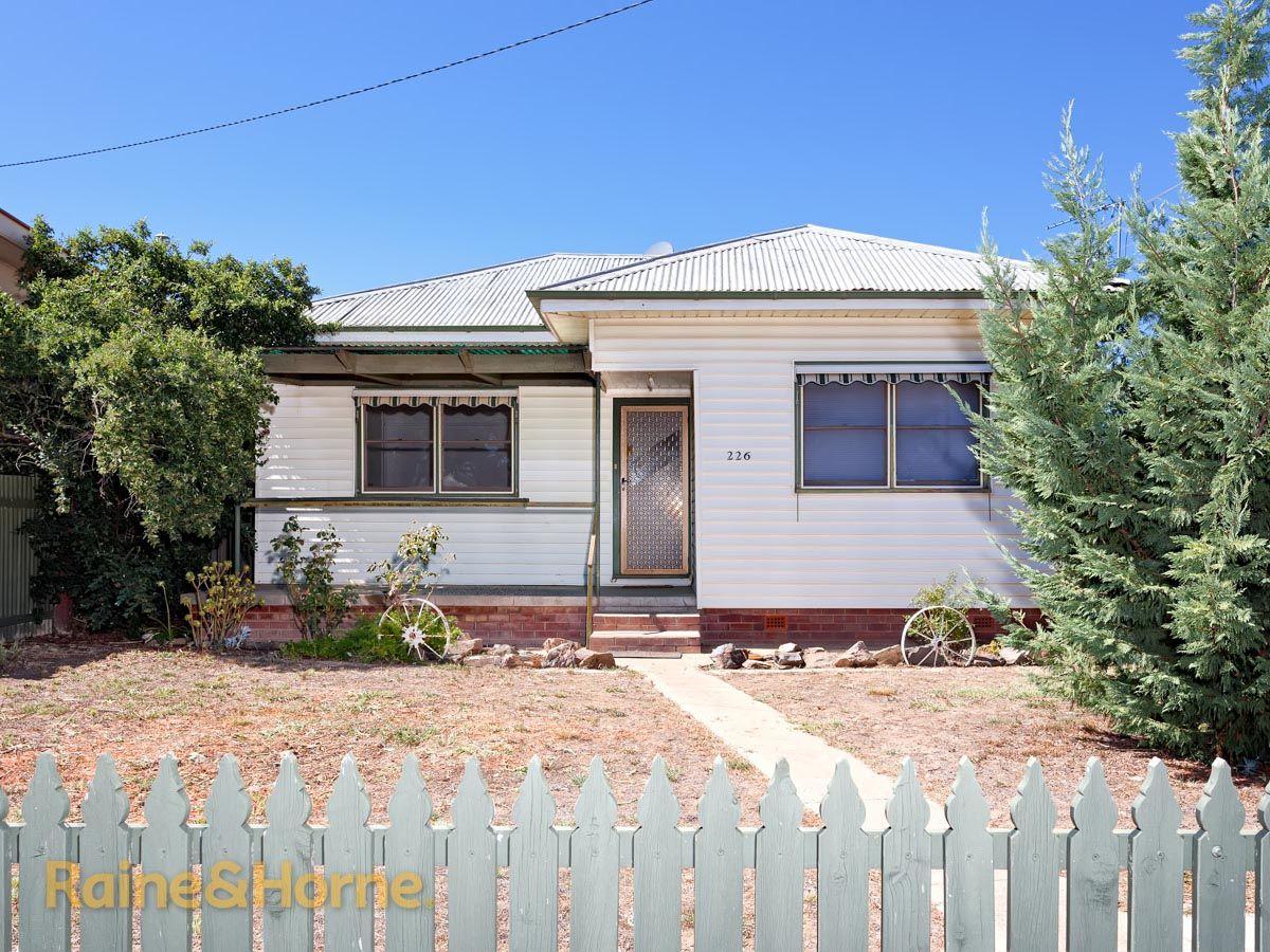 226 Kincaid Street, Wagga Wagga NSW 2650, Image 0