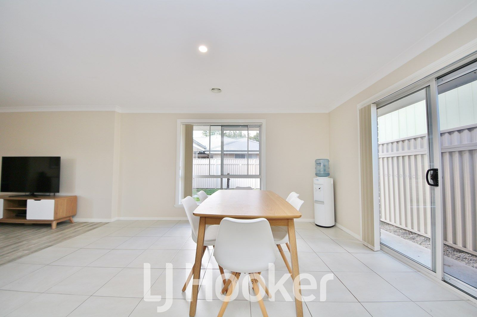 6B Kefford Street, Bathurst NSW 2795, Image 2