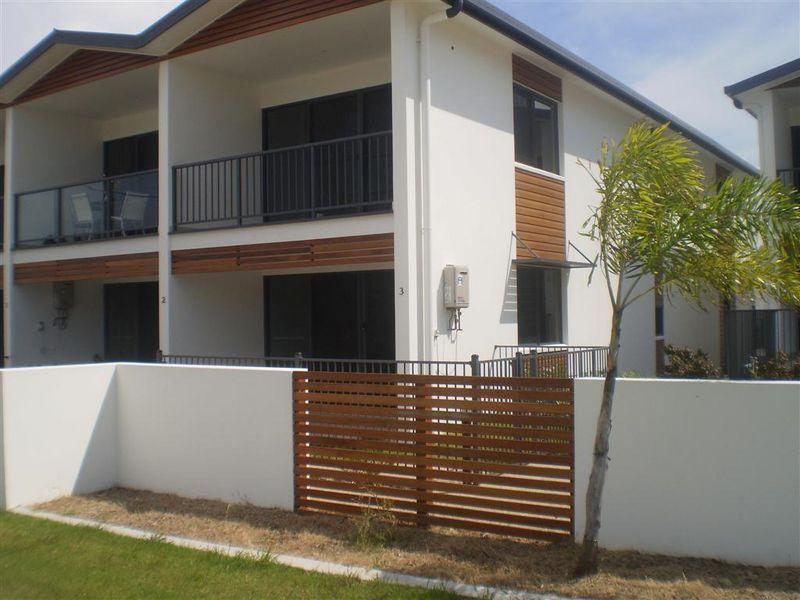 7/74a Powell Street, Bowen QLD 4805, Image 1