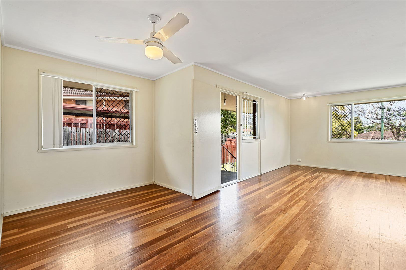 56 Wagawn Street, Woodridge QLD 4114, Image 2