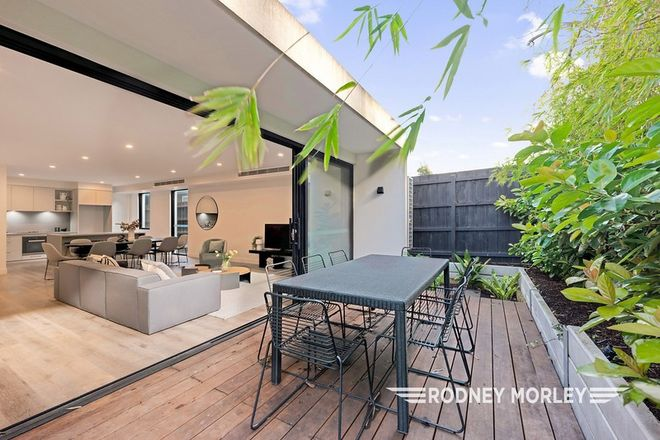 Picture of 2/6 Kinnoul Avenue, CAULFIELD NORTH VIC 3161