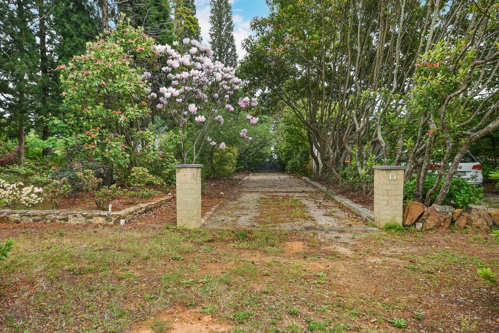 13 Nelson Avenue, Wentworth Falls NSW 2782, Image 0