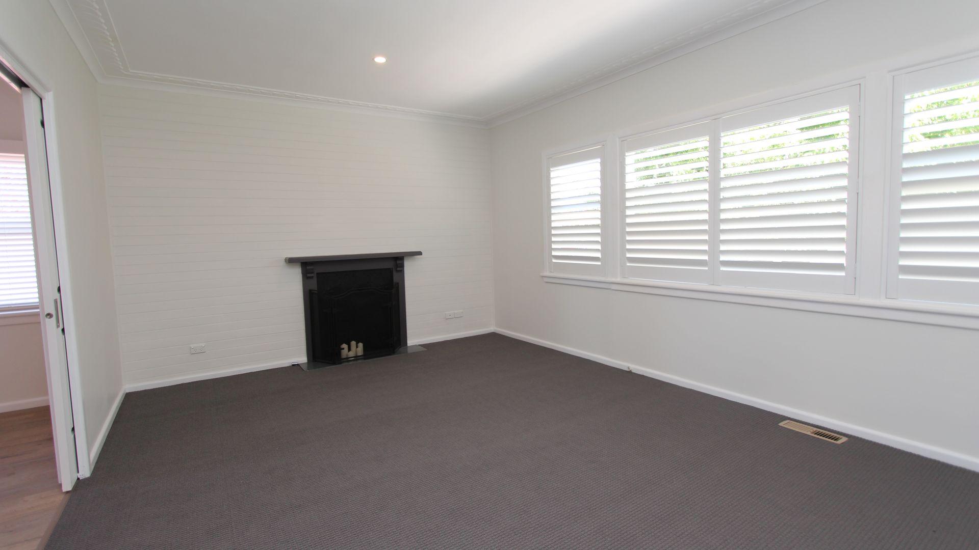 15 Rosehill St, Bathurst NSW 2795, Image 2