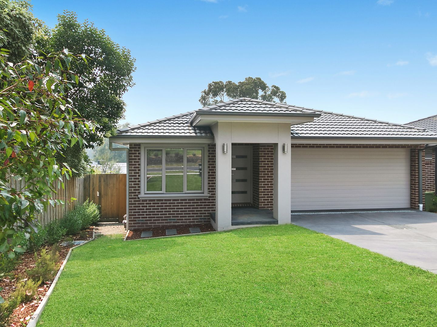 17 Mariana Avenue, Croydon South VIC 3136, Image 0