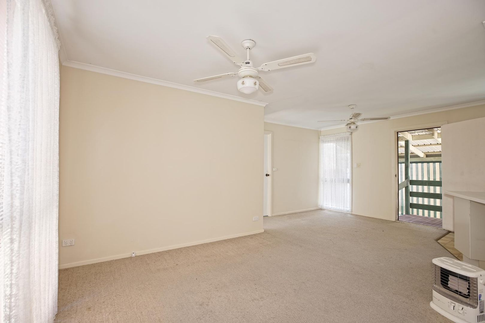 196/6-22 Tench Avenue, Jamisontown NSW 2750, Image 2