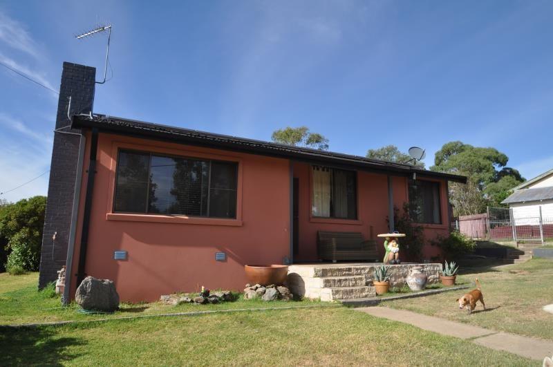 21 Orana Avenue, Cooma NSW 2630, Image 0