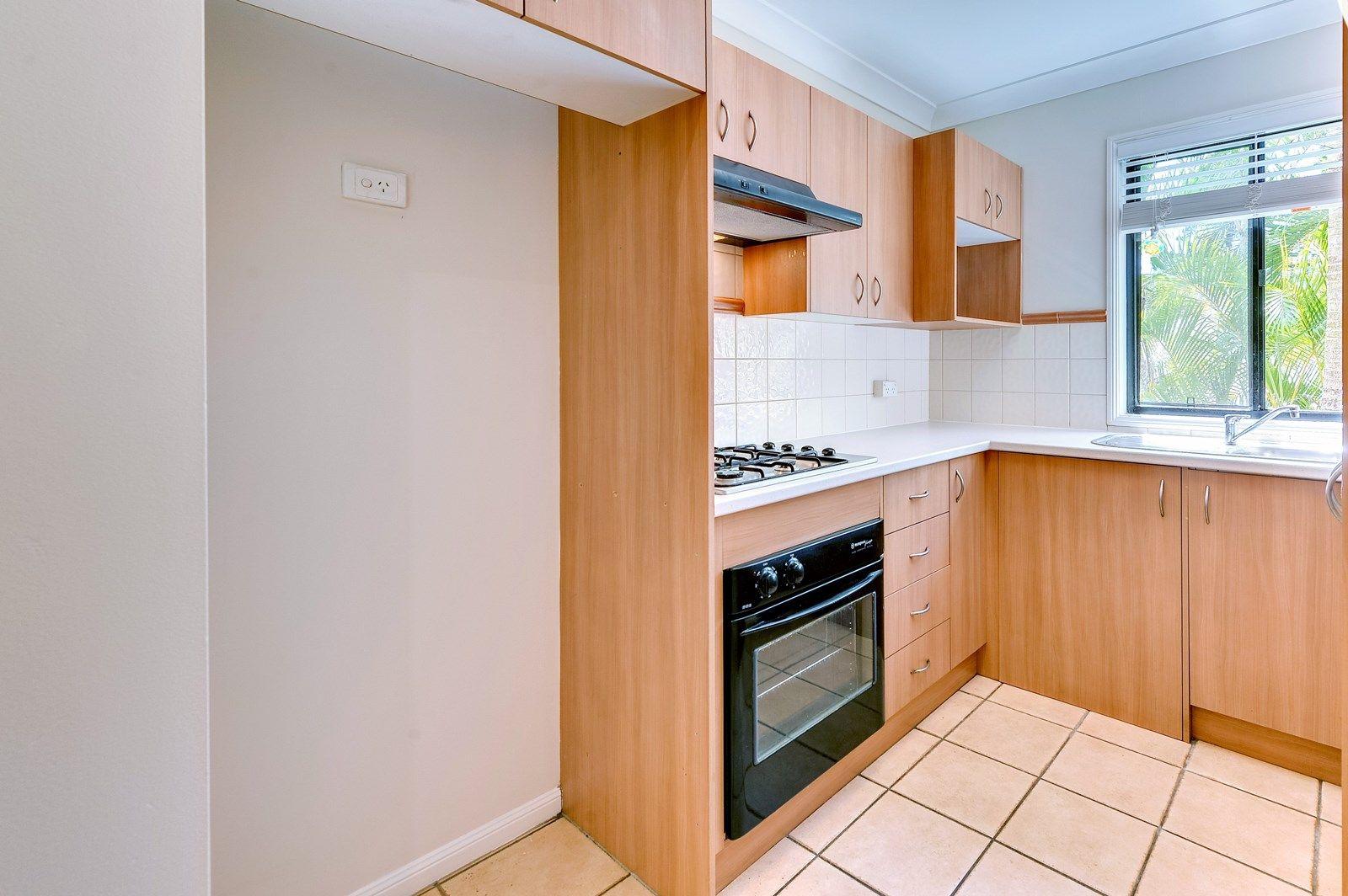 4/6 Rochester Terrace, Kelvin Grove QLD 4059, Image 2