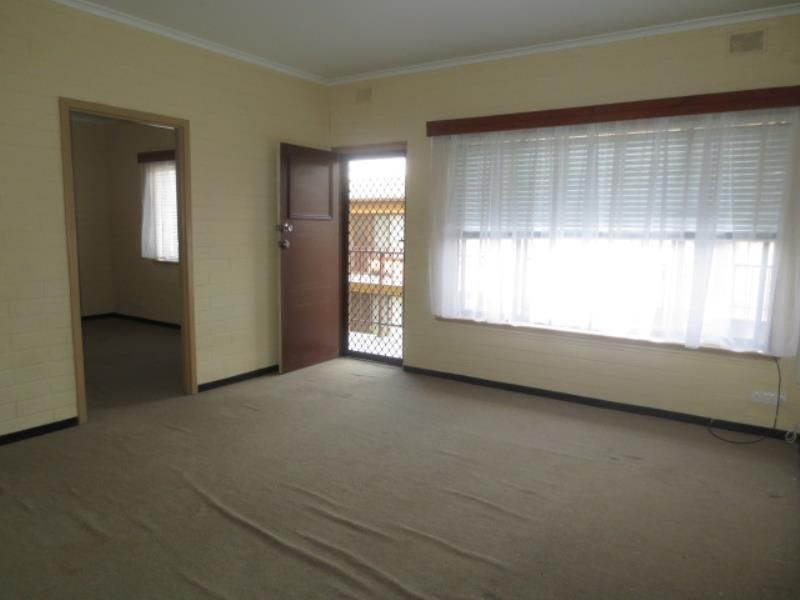 9/3 Eversley Avenue, Enfield SA 5085, Image 2
