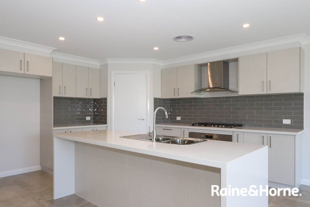 85A Wentworth Drive, Kelso NSW 2795, Image 1
