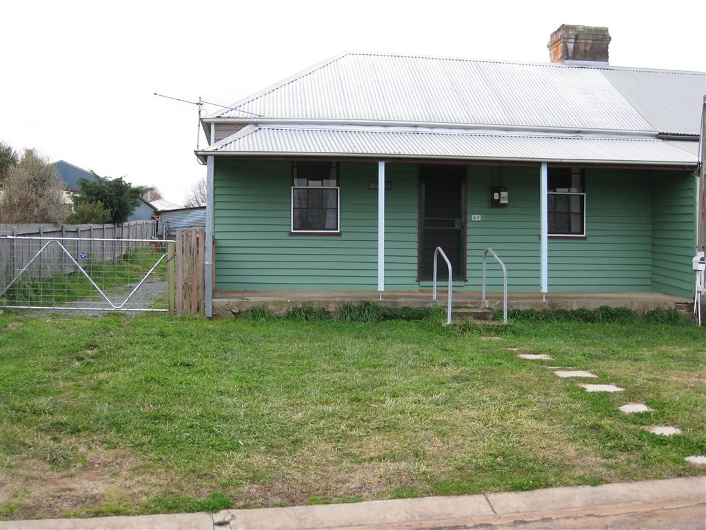 42 Lascelles Street, Braidwood NSW 2622, Image 0