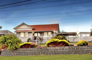 Picture of 3 Hillcrest Avenue, Ringwood VIC 3134
