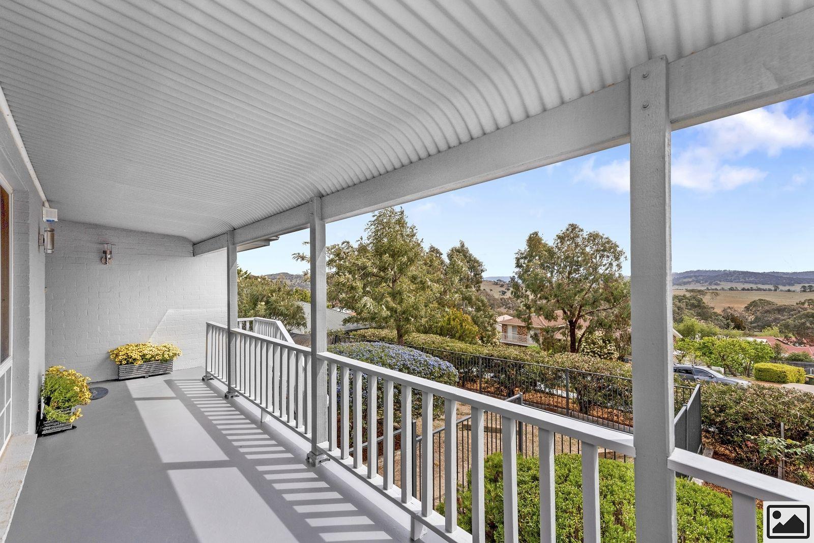 11 Kennedy Avenue, Jerrabomberra NSW 2619, Image 1
