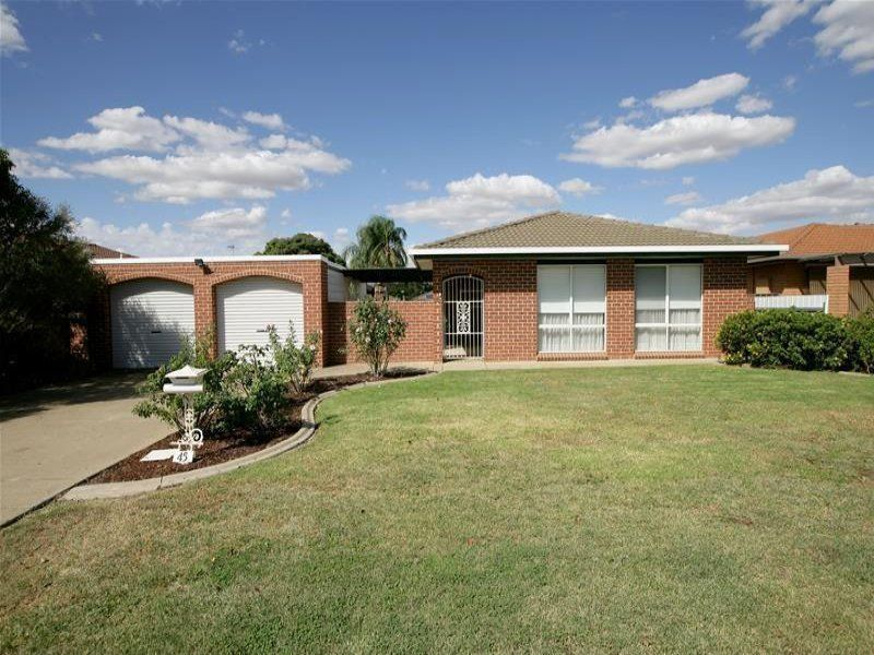 45 Balleroo Crescent, Glenfield Park NSW 2650, Image 0