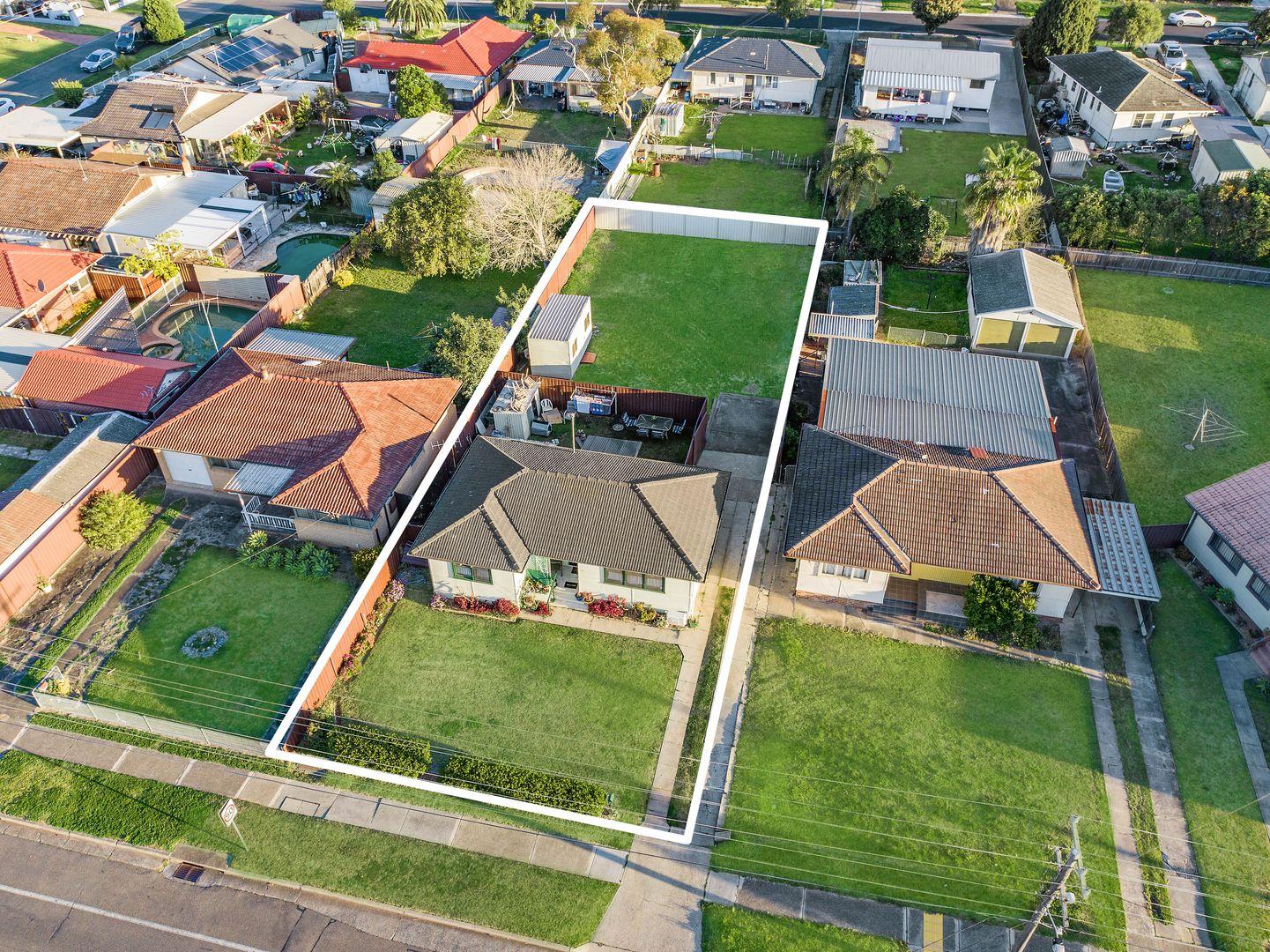 22 Graham Avenue, Casula NSW 2170, Image 0