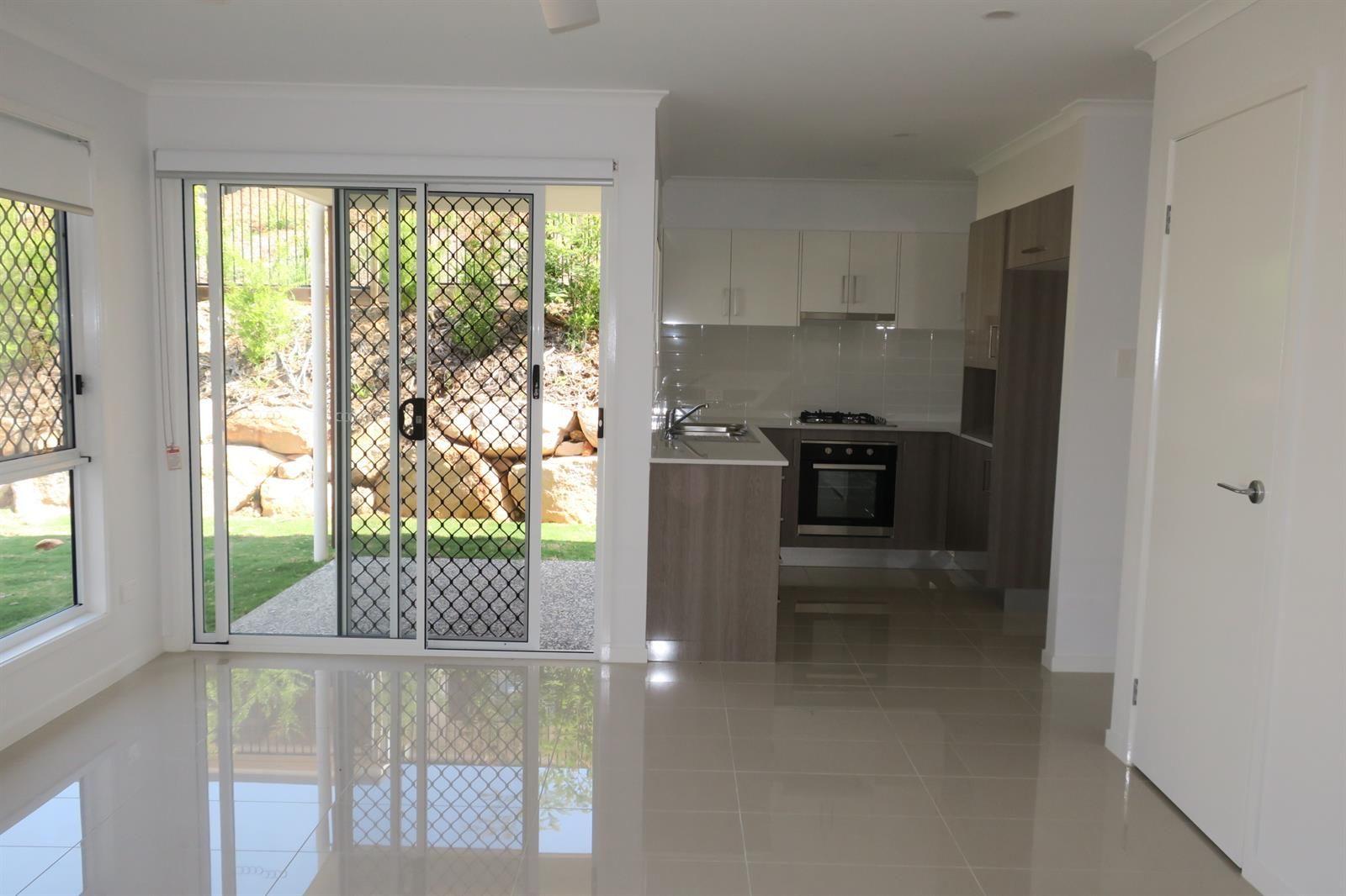 2/40 Davey Drive, Woombye QLD 4559, Image 1