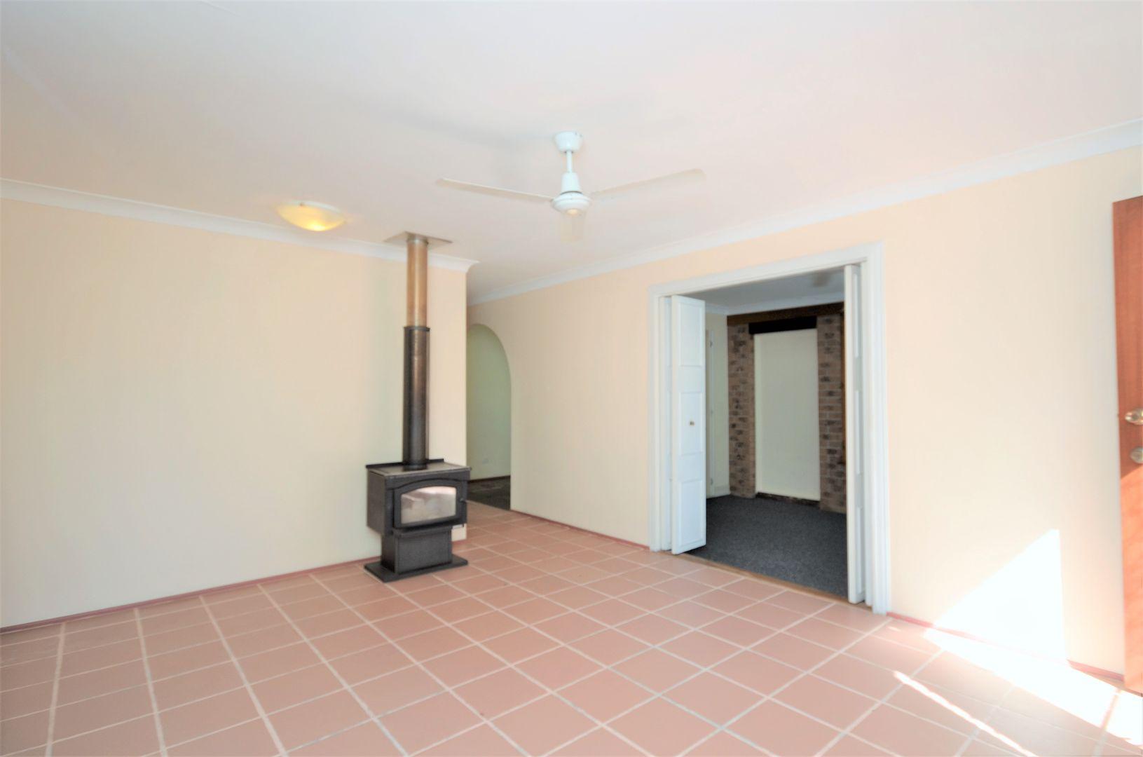 45 Turana Street, Coombabah QLD 4216, Image 2