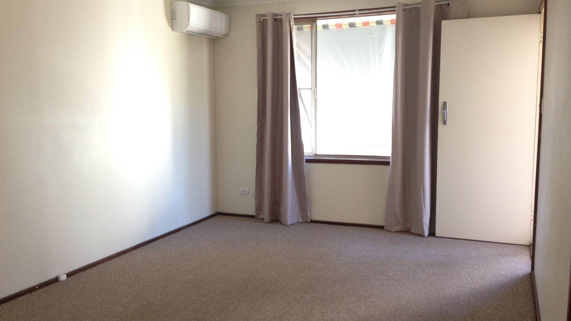 2/117 Petra Avenue, Tamworth NSW 2340, Image 2