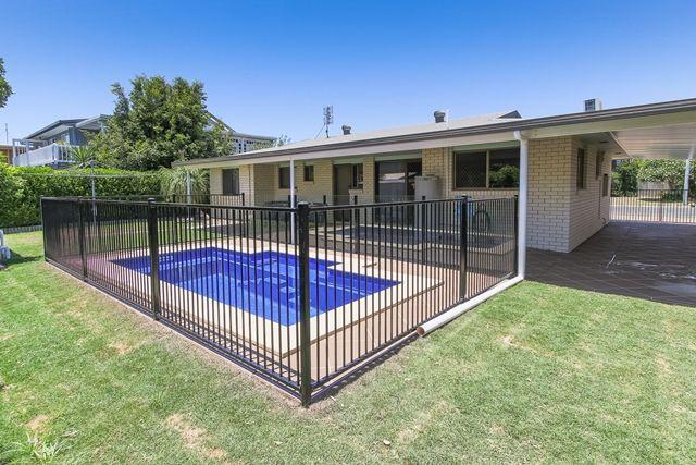 76 Hibiscus Street, Urangan QLD 4655, Image 0