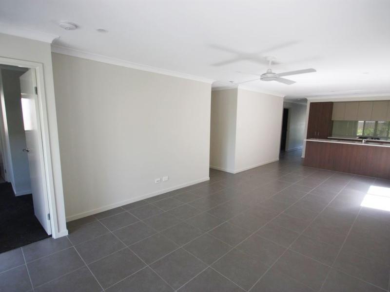 40 McVeigh Street, Pimpama QLD 4209, Image 2