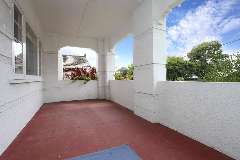 33 Broome Street, Nedlands WA 6009, Image 2
