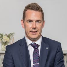 Adam Henderson, Sales representative