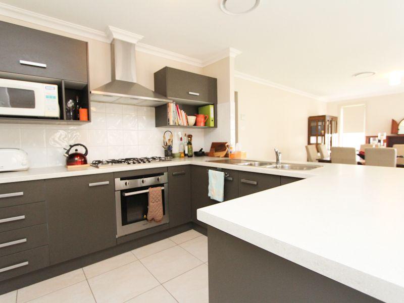 26 Burrong Street, Fletcher NSW 2287, Image 2