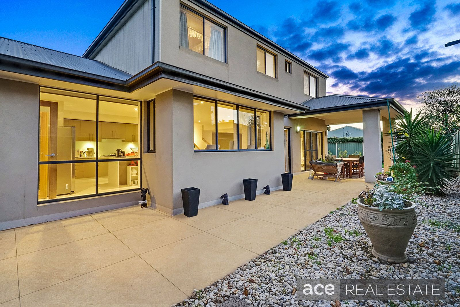 98 Glastonbury Circuit, Point Cook VIC 3030, Image 0