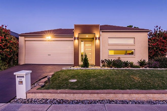 Picture of 32 Silverwattle Drive, LYNDHURST VIC 3975