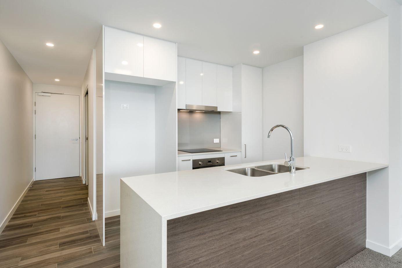 2/1 Lucinda Avenue, Kellyville NSW 2155, Image 1
