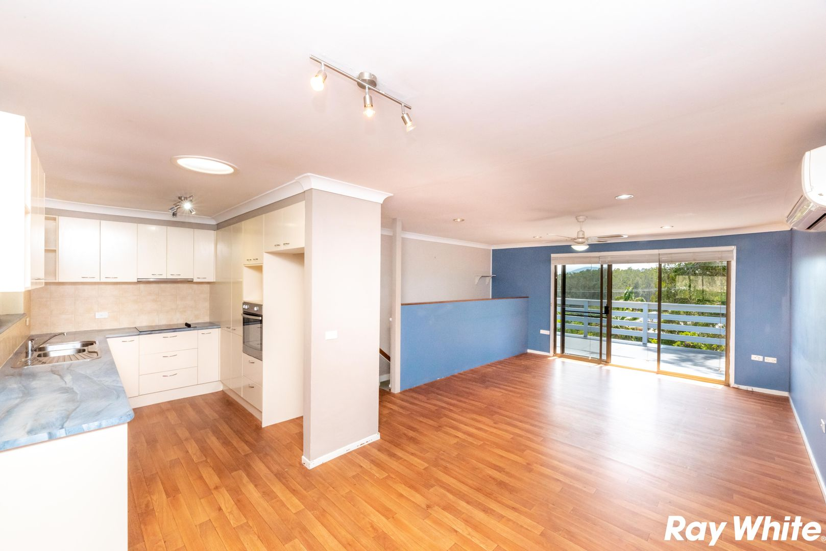 61 Seabreeze Pde, Green Point NSW 2428, Image 2