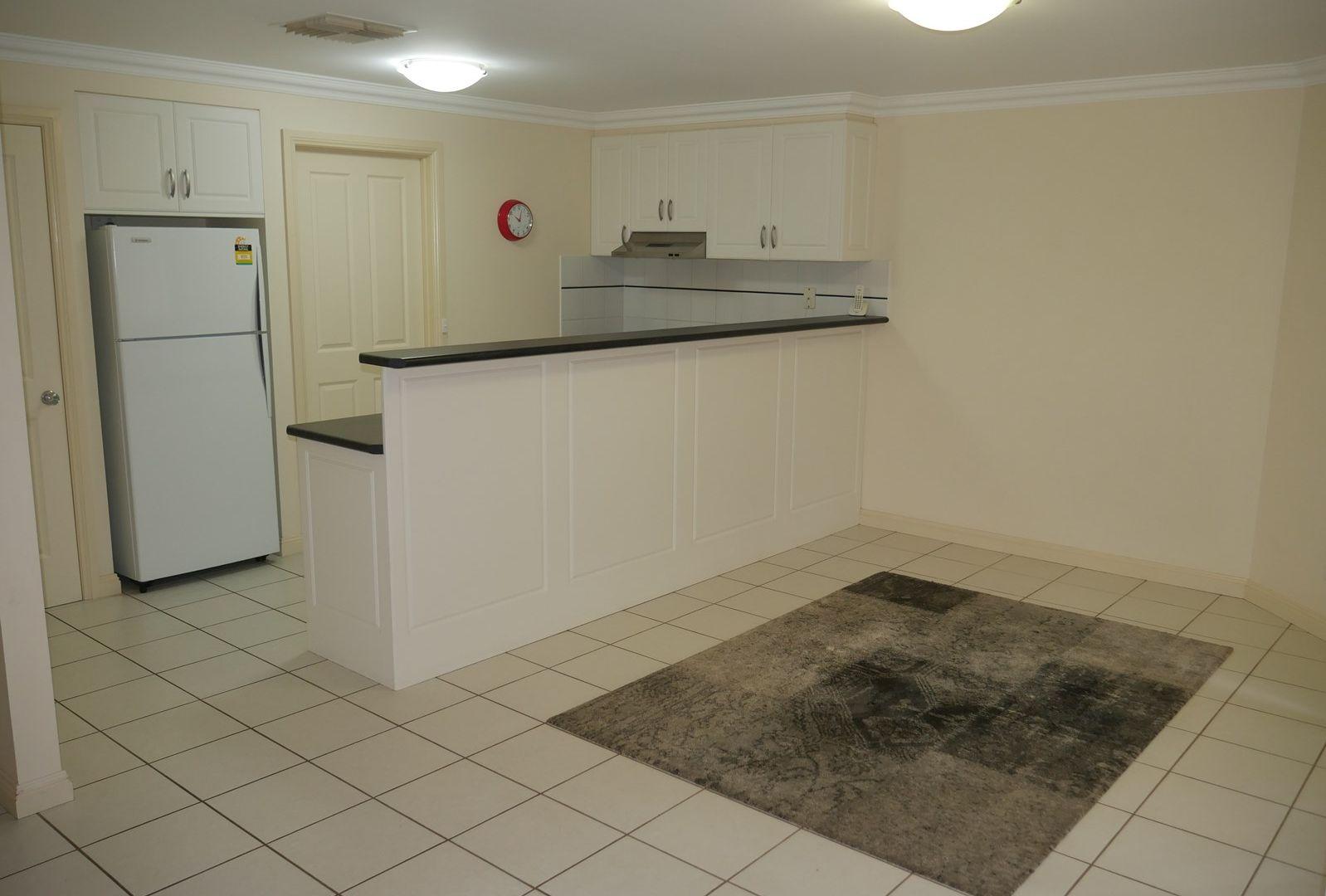 1/9 Myrtle St, Leeton NSW 2705, Image 2