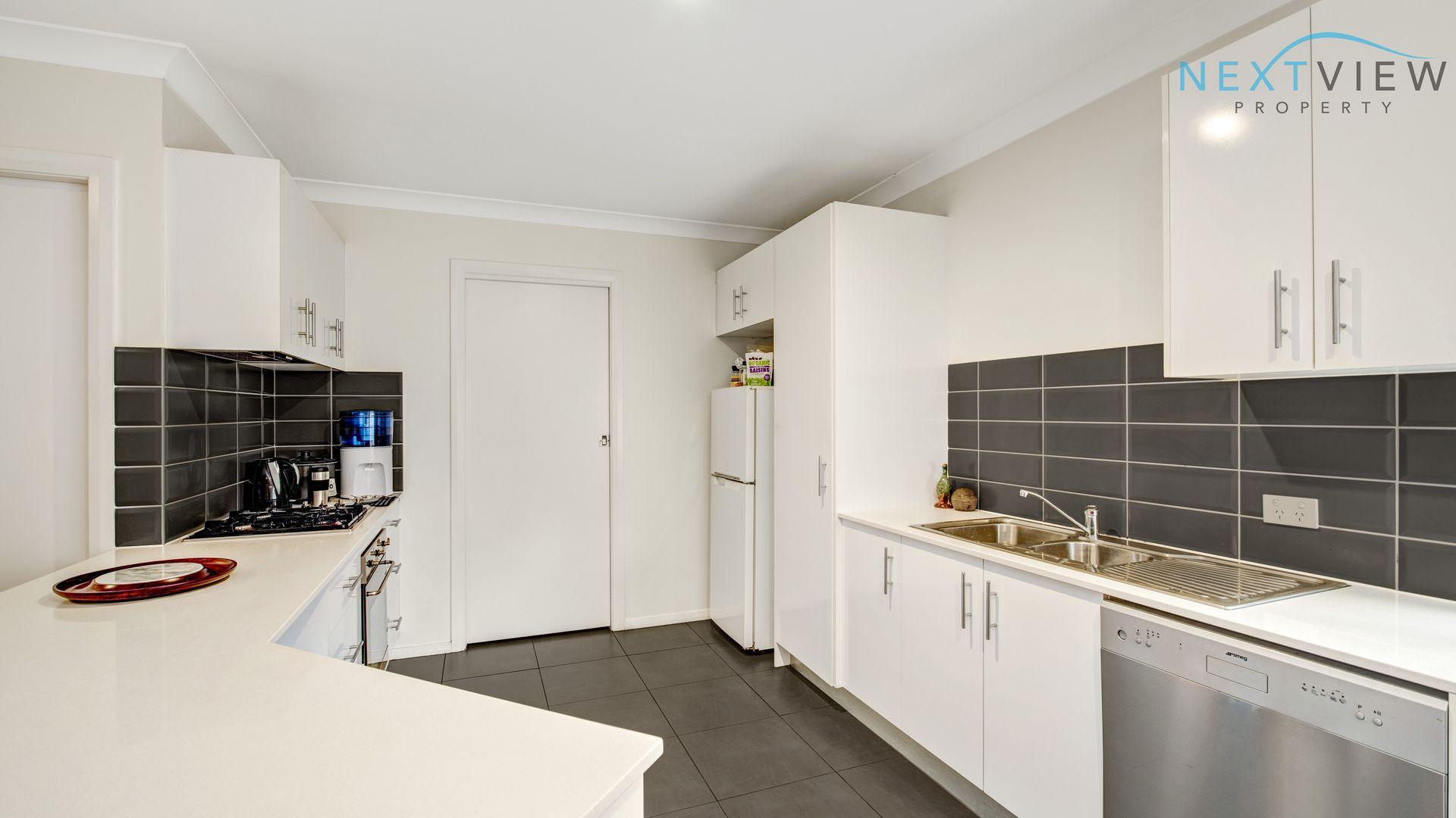 2/32 Weller Street, Fletcher NSW 2287, Image 1
