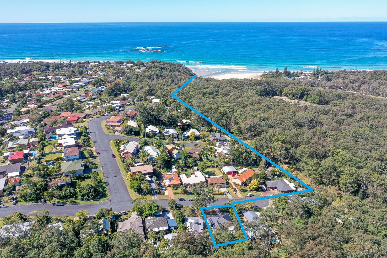 16 Young Street, Safety Beach NSW 2456, Image 1
