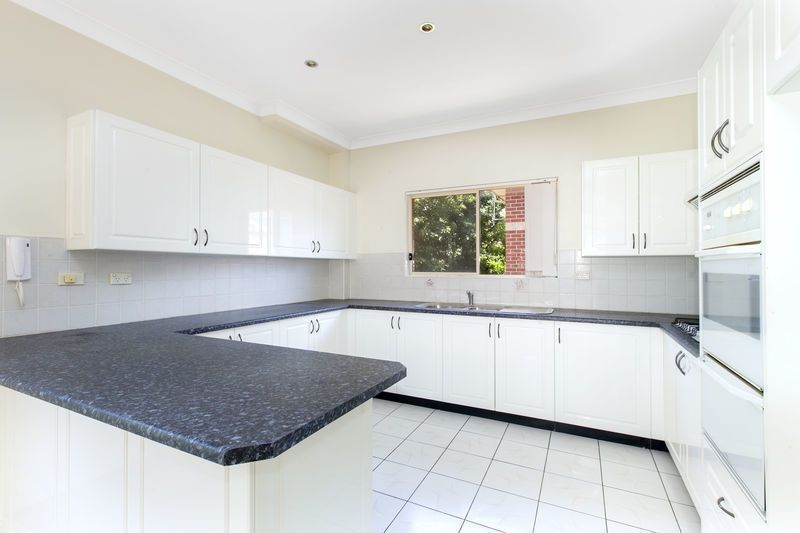 6/70 Hampden Road, Russell Lea NSW 2046, Image 2