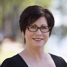 Louise Cooper, Sales representative