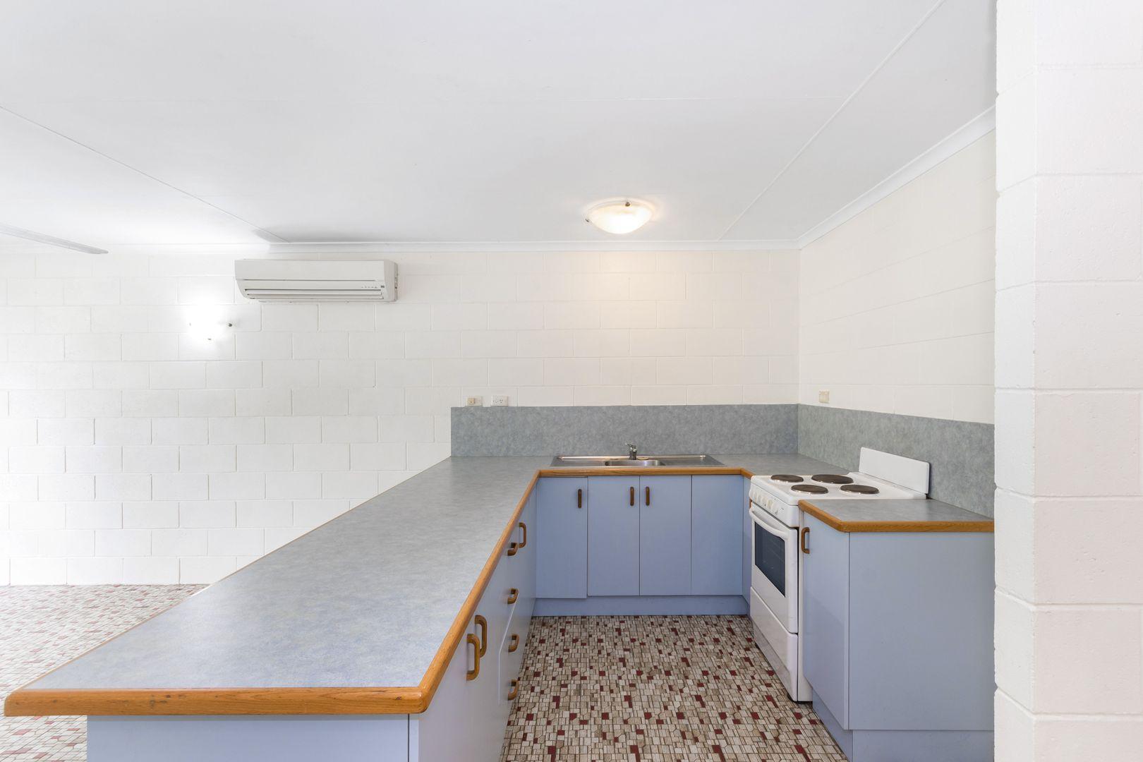 4/94 Cook Street, North Ward QLD 4810, Image 1